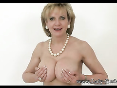 Awesome mature babe Lady Sonia shows off her tits