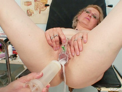 Amateur slut gets pussy examined by perv gyno doc