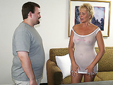 Nasty MILF Tracy gets her pussy massaged in hotel