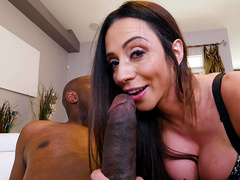 Random black boy invited Ariella Ferrera to come over and she is cheating on husband
