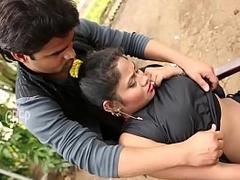 Big Boobs Desi Bhabhi Fucking Hard - Indian porn