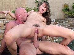 Slim sweetheart Riley Reid rides lover's hard dick in swimming pool