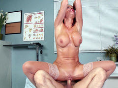 Riding patient's hard tool makes dirty doctor Veronica Avluv squirt