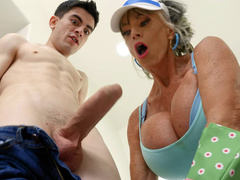 Granny Sally D'Angelo is sucking the hard cock