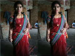 Exclusive- Hot Look Indian Bhabhi hard Fucked By Deaver