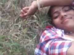 Village Bhabhi Fucked Outdoor By Lover
